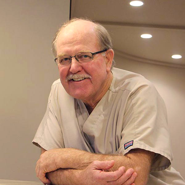 Dr Lee Fredrickson-Wyoming MI Dentist