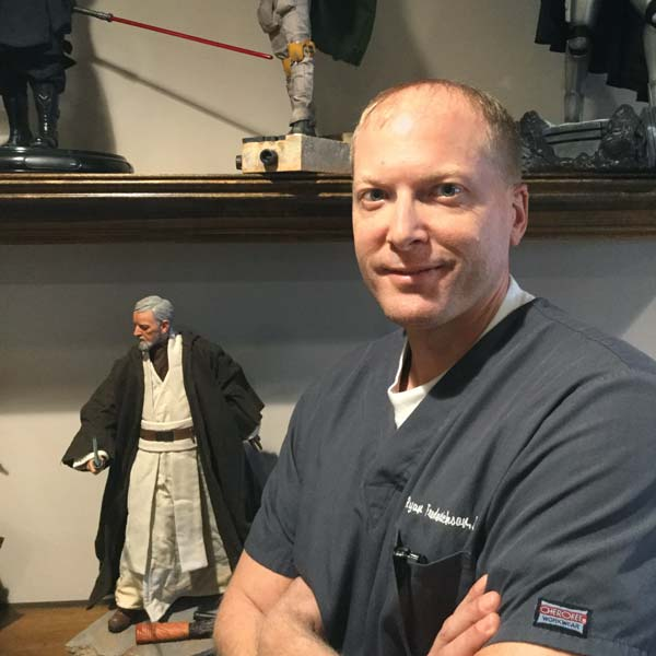 Dr Ryan Fredrickson-Wyoming MI Dentist